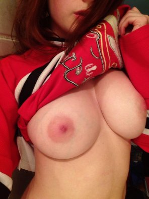 amateur photo Hockey Boobs