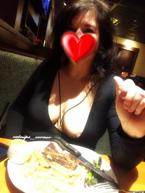 amateur photo [F][47] Gone just a little wild at Outback