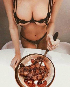 amateur photo Steak dinner