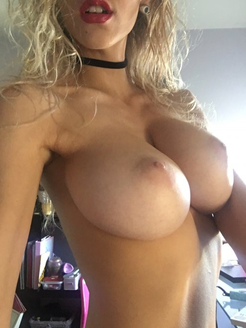 Choker Porn Photo