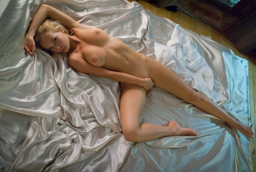 Natali Nemtchinova in bed Porn Photo