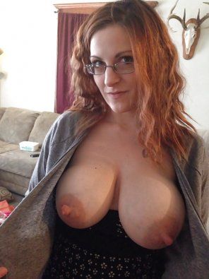 amateur photo IMAGE[image] She looks like a teacher, and damn those nipples are fat!