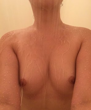 amateur photo Cool down shower