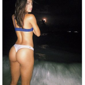 amateur photo Hot Dominican ass