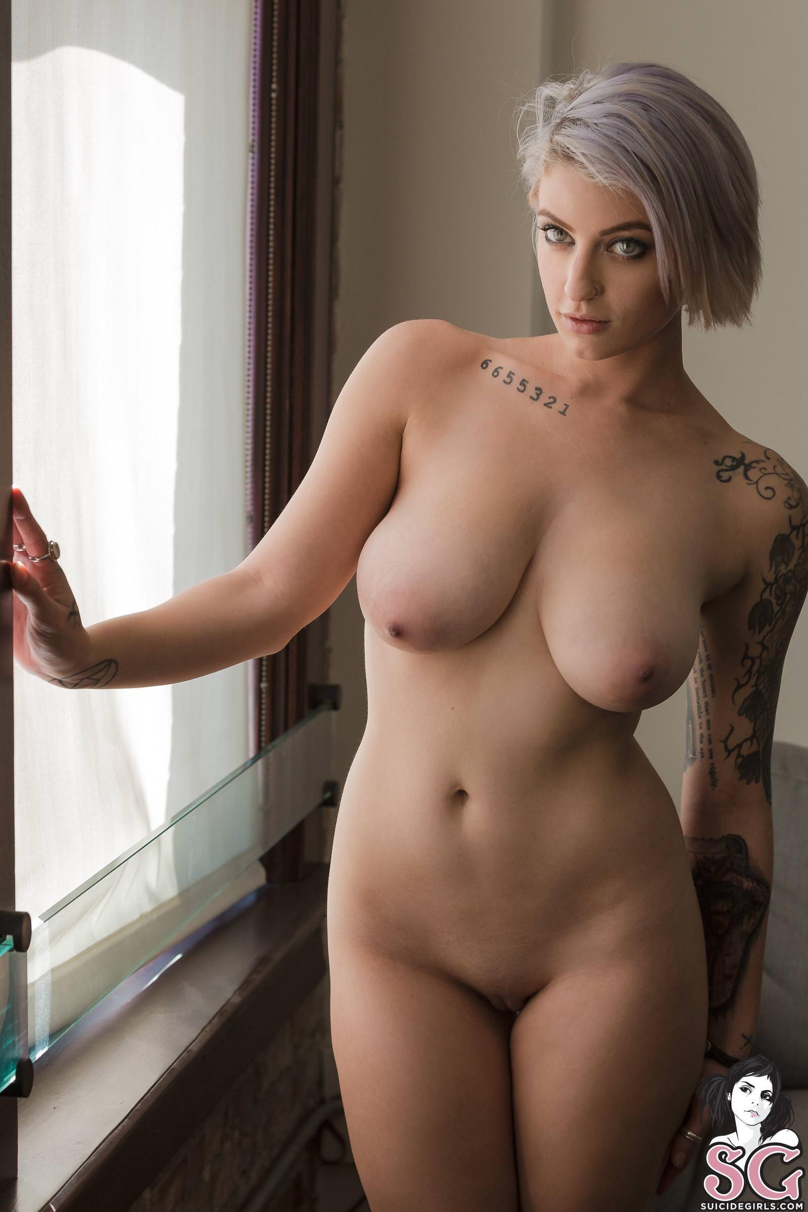 Curvy porn pics