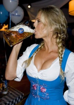 amateur photo Real Bavarian Girl