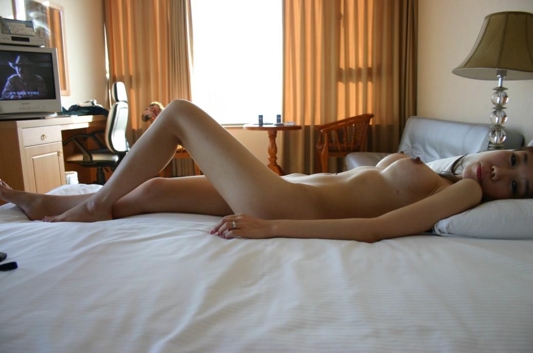 Hot naked pregnant women
