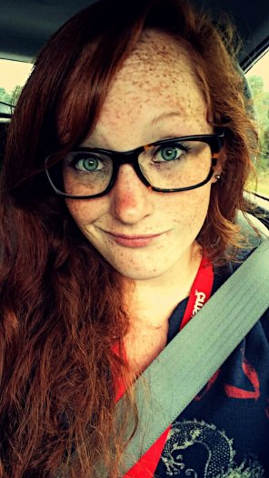 amateur photo Freckles and glasses