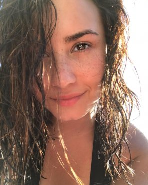 amateur photo Demi Lovato and her perfect freckles