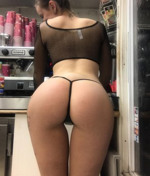 amateur photo Sexy barista