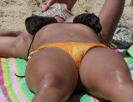 Bikini pussy imprint