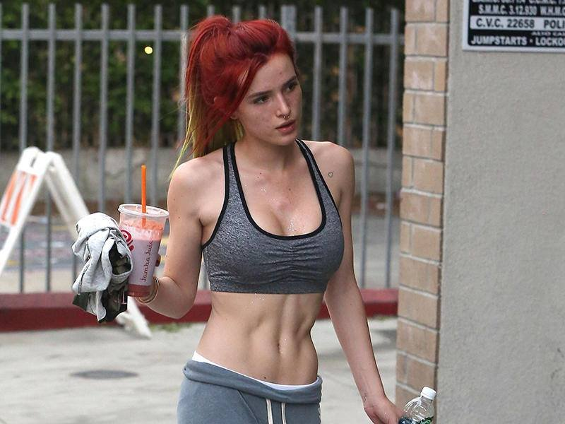 Bella Thorne Porn Photo