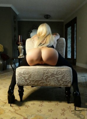 amateur photo Bend over blond