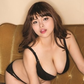 amateur photo Cute Korean has a nice set