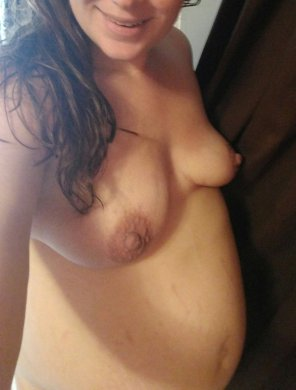 amateur photo 4th pregnancy, almost done! come help me pick out something to wear on this hot hot day! [F]