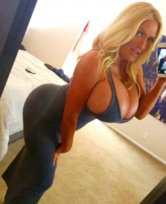 Naughty girls bend Porn Photo