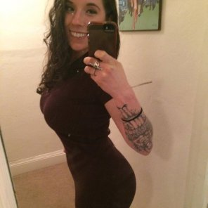 amateur photo Tattoo and tight dress selfie