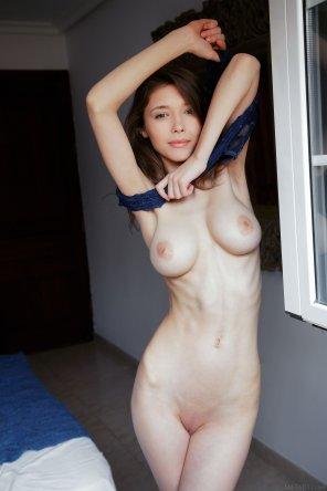 amateur photo Mila