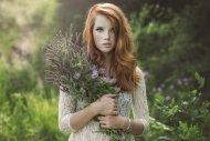 amateur photo The flower bearer