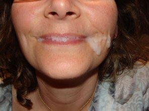 amateur photo happy wife needs kisses!