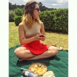 amateur photo Italian beauty on a picnic
