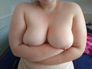 amateur photo [Image]Wifes Juicy tits