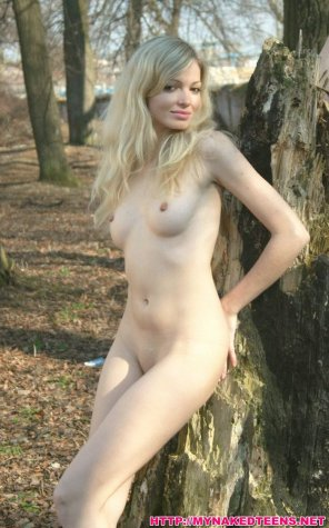 amateur photo Young Pale Blonde