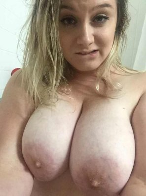 amateur photo Fuck my tits?