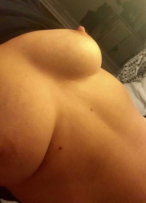 amateur photo Tits of a 38 year old mom of 2 for your viewing pleasure.