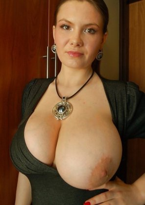 amateur photo Big necklace