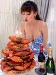 amateur photo You know she got crabs