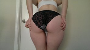 amateur photo Lace, Sheer and Striped VS panties!