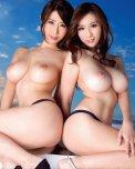 amateur photo Ayumi Shinoda & Julia