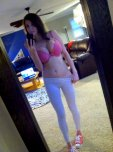 amateur photo Pink bra and white yoga pants