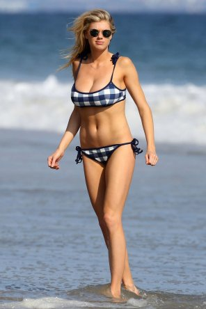 amateur photo blue plaid bikini