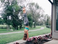 amateur photo Handstand