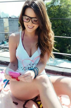 amateur photo Smiling & Texting