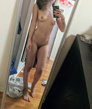 amateur photo Any love for the small titties gang??