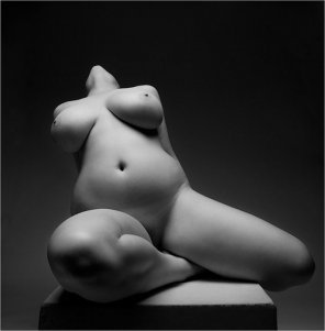 amateur photo Statuary curviness