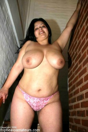 amateur photo Amazing Latina Rosey