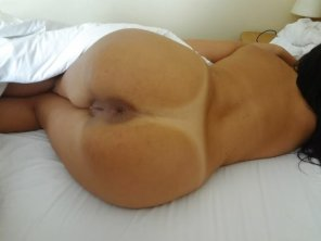 amateur photo Nap with tanlines