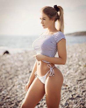 clara lindblom nude
