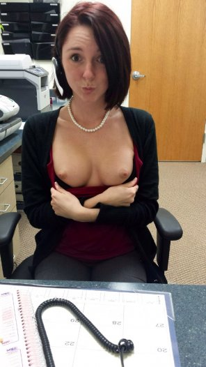 amateur photo Office nipples