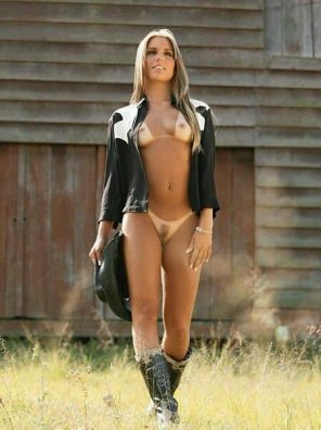amateur photo Cowgirl Up