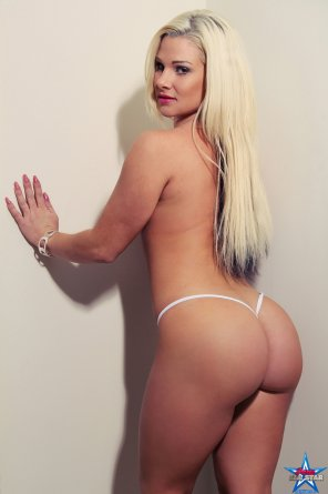 amateur photo Platinum blonde