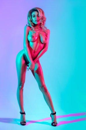 amateur photo Neon