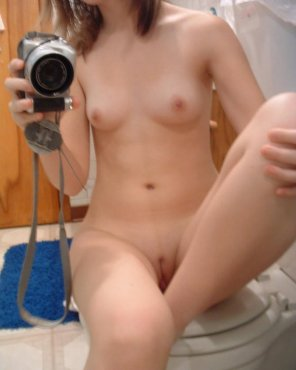 amateur photo naked chick