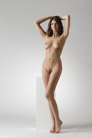 amateur photo Studio Statue