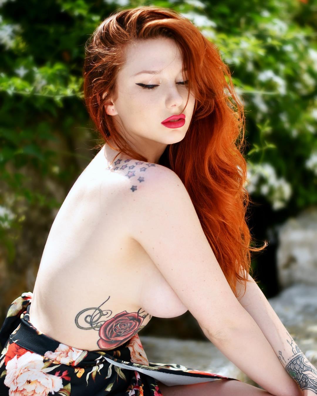 Hot Coralia Suicide Nude HD