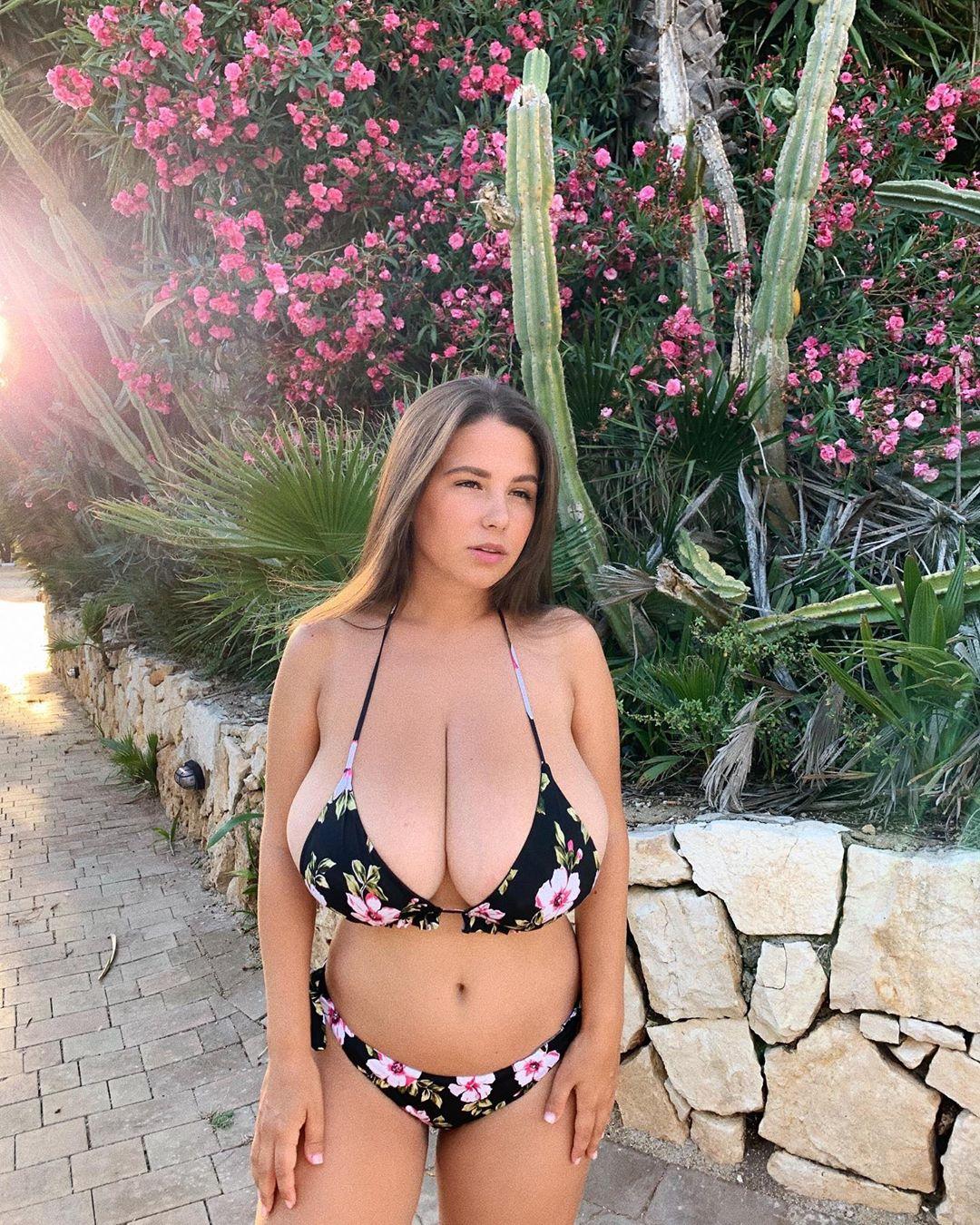 Adriana Fenice Nude